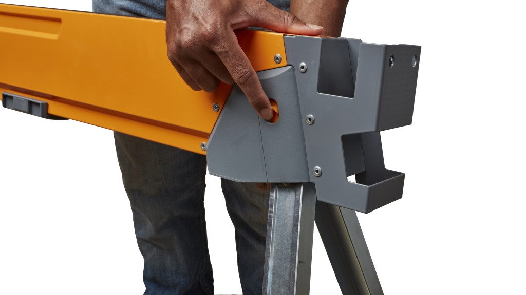 Folding Sawhorse Mechanism Release